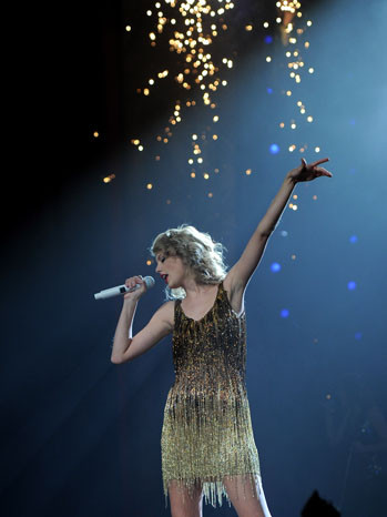 Taylor Swift, Tim Tebow, Johnny Depp Land Nickelodeon Kids' Choice Award Noms