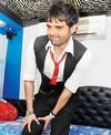 Mahaakshay Chakraborthy Injures his LEG